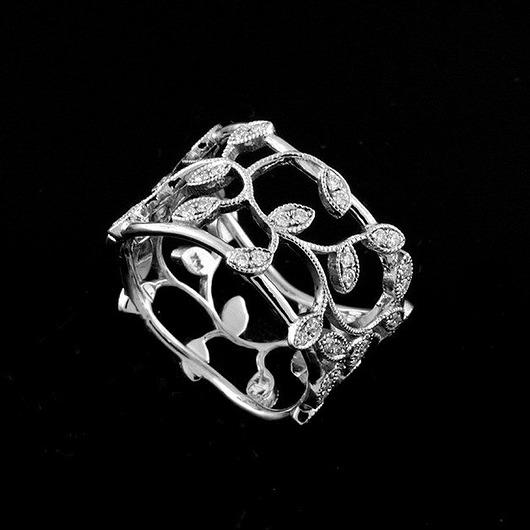 Złota obrączka ślubna z diamentami 12mm - Pakamera
